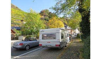 Camping und Ahr-Rotwein